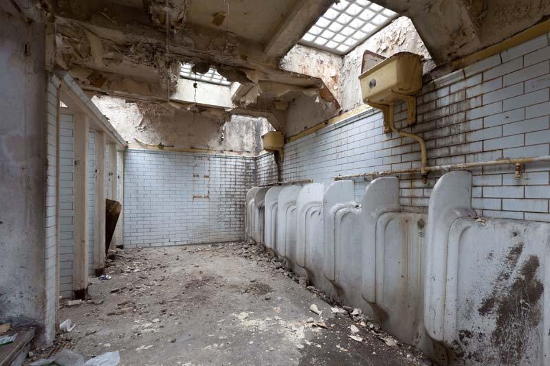 66 4f55 Ngôi nhà tuyệt đẹp được cải tạo từ nền nhà vệ sinh bỏ hoang