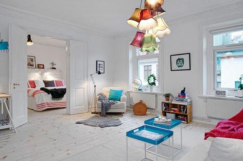 Sử dụng các loại rèm mỏng để tận dụng nguồn sáng tự nhiên cho phòng thiếu sáng