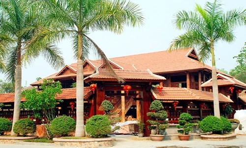 ngôi nhà gỗ