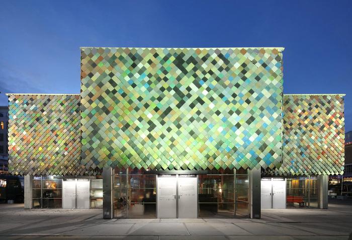 Kiến trúc sư lấy cảm hứng từ công trình Yard (London, Anh) để thiết kế nên ngôi nhà bằng vật liệu tái chế độc đáo.