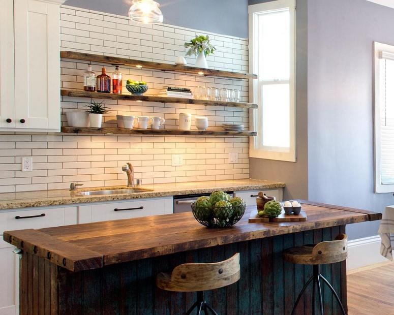 Đảo bếp bằng gỗ thô mộc