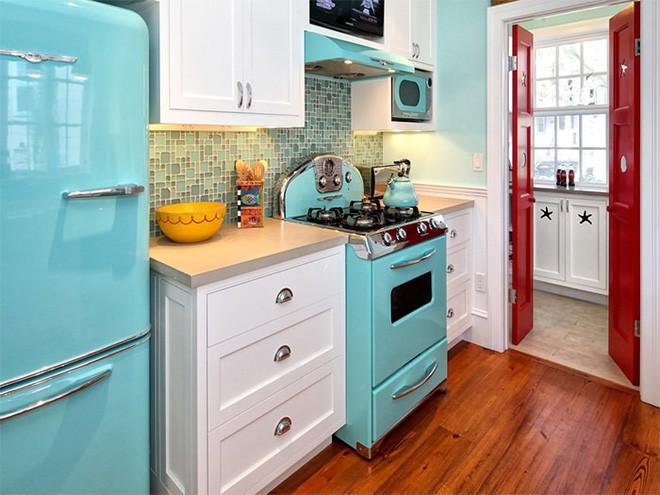 phòng bếp màu xanh dịu mát