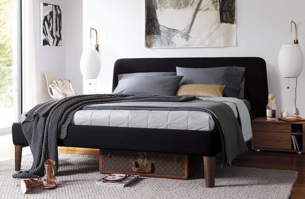 giường ngủ bọc nệm đen