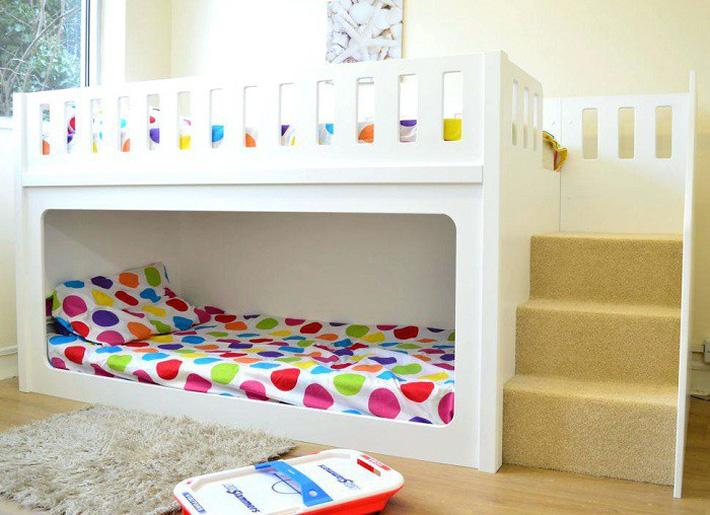 cầu thang lên giường