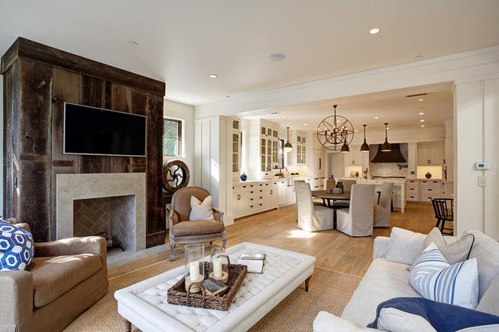 thiết ké và bài trí nội thất phòng khách hiện đại
