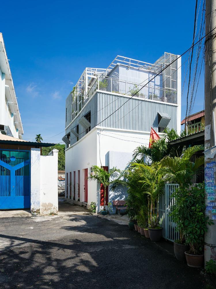 Nhà Sài Gòn ấm áp của 3 chị em lên phố lập nghiệp