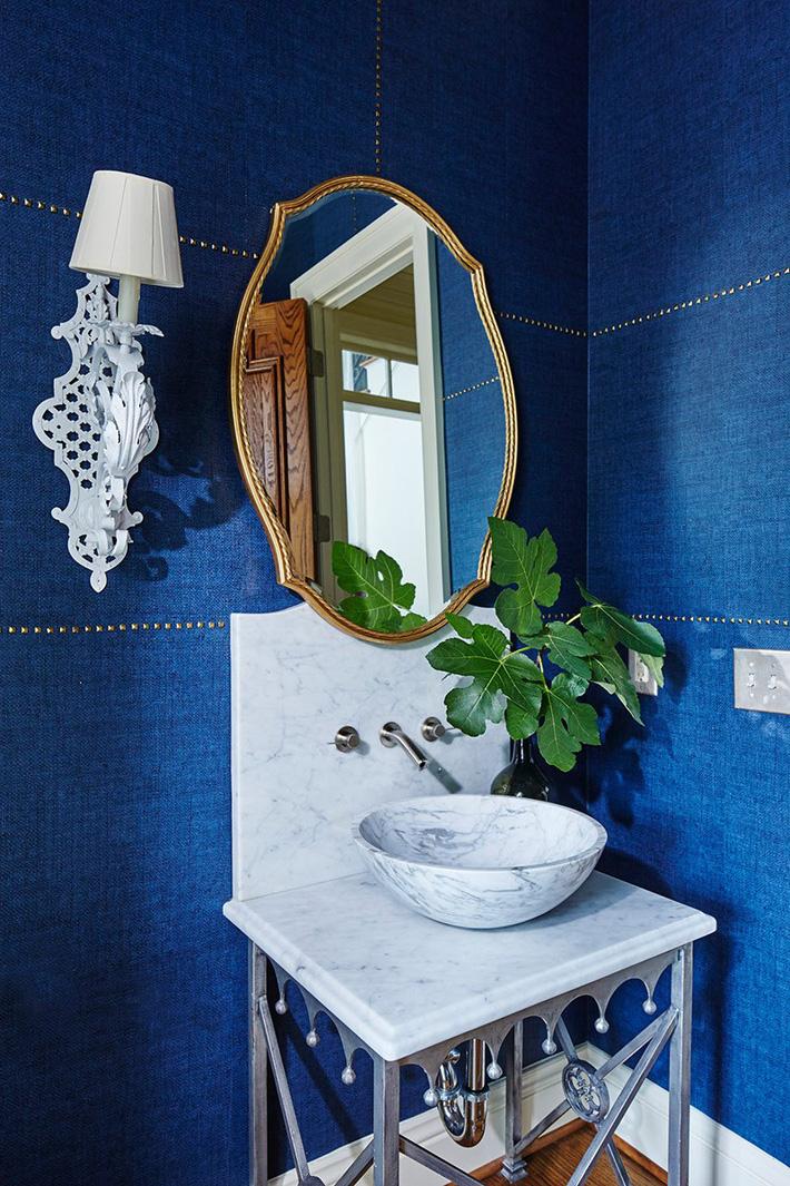trang trí phòng tắm với màu xanh lam đẹp mắt