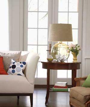 anhso6 Tạo phong cách riêng cho không gian nhà ở với đèn bàn độc đáo