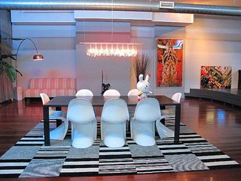 an8 Tinh tế với bàn ăn màu trắng sẽ làm không gian tinh tế và đẹp mắt hơn
