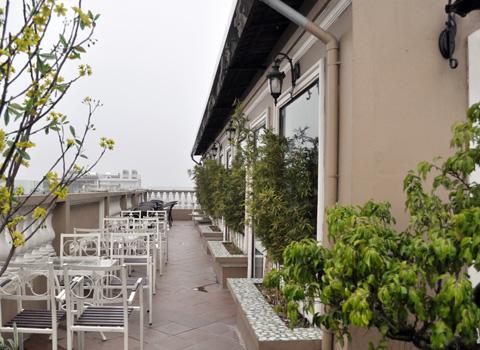 quán cafe ngắm Hà Nội từ trên cao