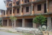 Bán nhà xây thô 1 trệt, 2 lầu tại ngã 5 xã Tân Thành