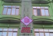 Chỉ còn 1 phòng siêu đẹp duy nhất tại mặt đường Nguyễn Ngọc Vũ, nhân dịp cuối năm giá siêu siêu rẻ