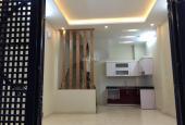 CC bán nhà 136 Chùa Láng, Đống Đa, Hà Nội 35m2 x 5 tầng mới đẹp sát đường ô tô, giá bán 3,4 tỷ