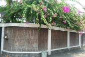 Cho thuê biệt thự đẹp Khu ABC Trần Não, Quận 2, DT 500m2, có hồ bơi, sân vườn. LH 0907706348 Liên