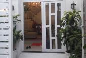 Cần bán gấp nhà ở Nguyễn Thị Thập, Quận 7 (nội thất sang trọng)