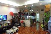 Bán gấp nhà trong ngõ Trần Quý Cáp ô tô đỗ cửa kinh doanh siêu lợi nhuận. Lh 0942816116