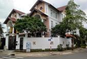 Bán biệt thự Quận 7 góc 2 mặt tiền khu Ven Sông Tân Phong, giá 12.9 tỷ. LH 0983105737