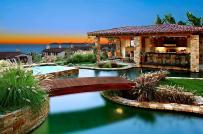 Những bể bơi sân vườn đẹp ngất ngây