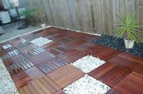 Gạch lát gỗ trang trí không gian ngoài trời