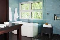 Thiết kế cửa sổ cho phòng tắm