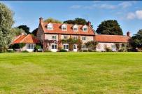 Chiêm ngưỡng ngôi nhà 140 tỷ đồng sắp được Hoàng tử Harry mua