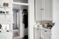 Ấn tượng với căn hộ giấu phòng ngủ trong tủ đồ