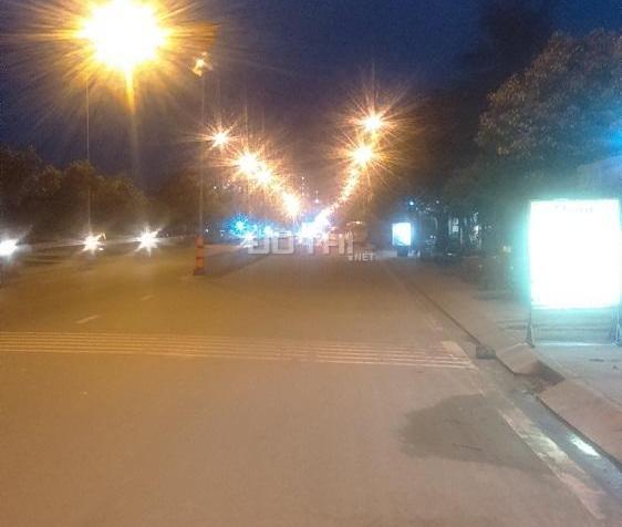 Nhà bán nhà xưởng 30.4 x 65m hai mt đường Dương Thị Giang, thổ cư 100% rất tiện phân lô. 0902837499 7132294
