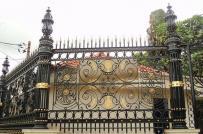 Tham khảo 10 mẫu tường rào bằng sắt cho nhà phố hiện đại
