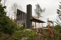 Nhà cabin bé xinh bên sườn đồi