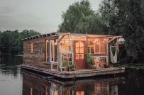 Đi khắp châu Âu với hai nhà nổi độc đáo trên sông
