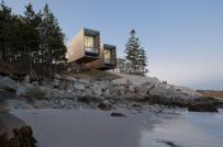 Ngôi nhà như cặp ống nhòm hướng ra đại dương