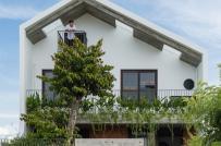 Nhà 3 tầng ấn tượng - mái ấm bình yên của gia đình 3 thế hệ ở Đà Nẵng