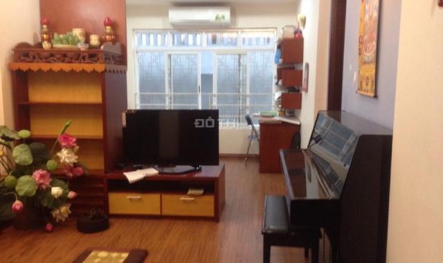 Cần bán nhà tập thể Nam Thành Công, Ba Đình, full nội thất, đẹp, DTSD 70m2, giá 1.8 tỷ