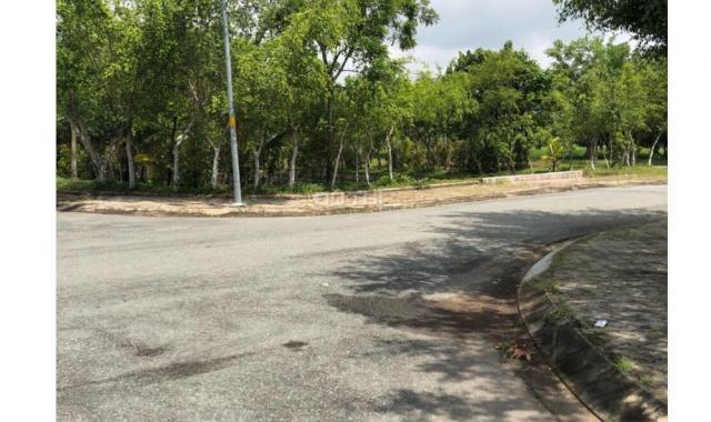 Bán gấp lô đất chính chủ liền kề khu biệt thự Khang Điền, Q9,MT Song Hành, giá 22 tr/m2,0931373567