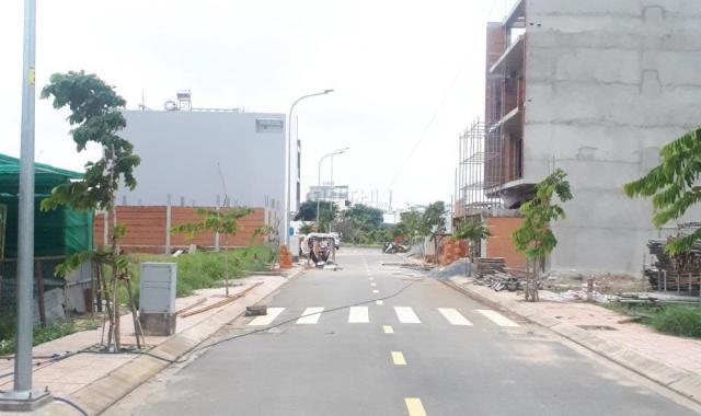 Mở bán mặt tiền Kênh Tham Lương, Quận 12, giáp Tân Bình, Gò Vấp. Đường 40m Nguyễn Văn Quá