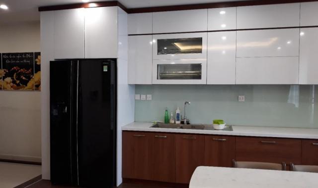 Chính chủ cho thuê căn hộ mới bàn giao, DT 98 m2, full nội thất mới giá 11 triệu/th