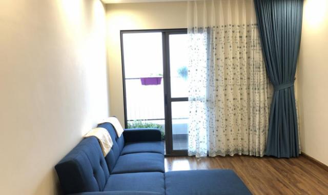 Cho thuê gấp căn hộ chung cư Yên Hòa Dương Đình Nghệ, 100m2, đủ đồ đẹp, chỉ 10 tr/th, 0988559347