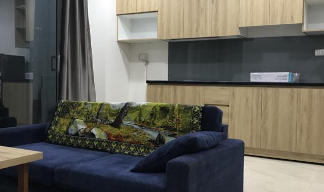 Cho thuê căn hộ chung cư 51 Quan Nhân 83m2, 2PN, đồ cơ bản. LH Giang: 0799998982