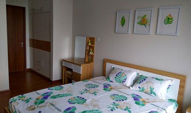 Cho thuê căn hộ chung cư 335 Cầu Giấy, 3 phòng ngủ đồ cơ bản. Giá 8 triệu/tháng, 0965820086