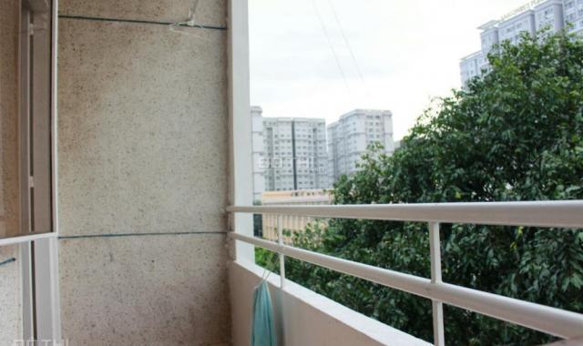 Cần bán chung cư Bắc Đinh Bộ Lĩnh, cạnh bến xe Miền Đông, 2 phòng ngủ