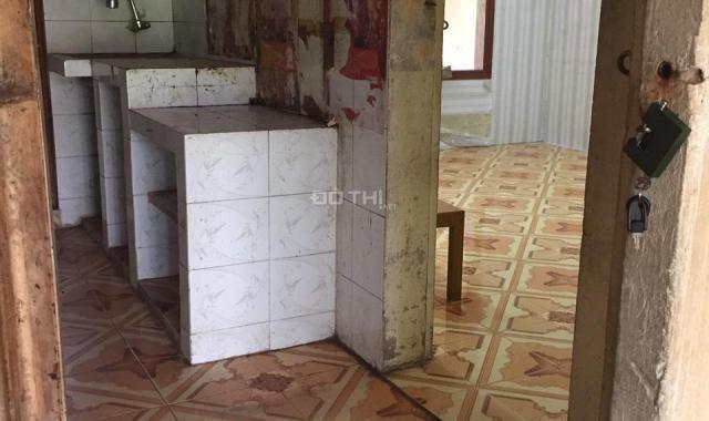 Hạ chào bán gấp nhà TT 5 tầng Nguyên Hồng - Ba Đình, 40m2, 2 phòng ngủ, giá mới 1.18 tỷ
