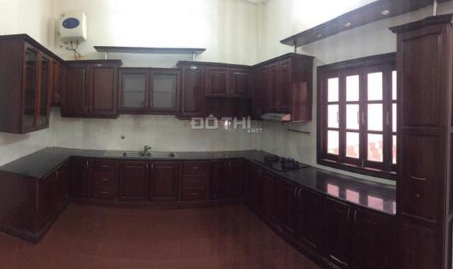 Bán nhà mặt tiền đường Lam Sơn 7.3 x 22m (160m2) xây 4 tầng ở Phường 2, Quận Tân Bình