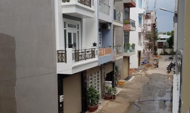 Bán gấp lô đất hẻm 8m Nguyễn Hữu Dật, P. Tây Thạnh, Q. Tân Phú, diện tích: 4x16.2m, sổ hồng CC