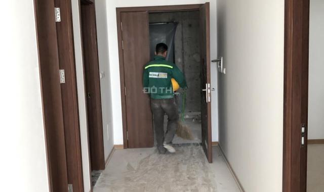 Chính chủ cần bán căn hộ 2PN - 2 WC, IA20 KĐT Ciputra. LH: 0975342826