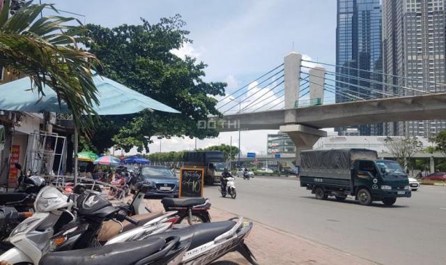 Bình Thạnh: Cần sang lại HĐ thuê nhà mặt tiền Điện Biên Phủ (Cạnh Pearl Plaza)