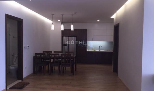Chủ nhà cần tiền bán gấp căn hộ 160m2, tòa Eurowindow số 27 Trần Duy Hưng. LH: 0987.459.222