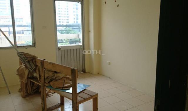 Cho thuê căn hộ chung cư 2 PN giá rẻ tại N3B Lê Văn Lương. LH: 0914.838.353