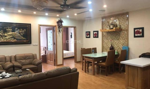 Chính chủ chủ bán căn hộ tại tòa Eurowindow số 27 Trần Duy Hưng, full nội thất. DT: 100m2, giá 3.8ỷ