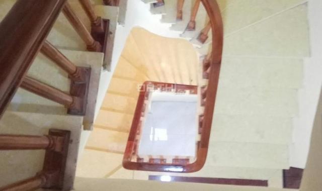 Bán nhà mới cực đẹp phố Trương Định, có sân riêng để xe 48m2 * 5 tầng * 6 PN * 3.5 tỷ
