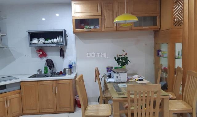Bán chung cư C37 Bộ Công An căn 3PN, DT 120m2 SĐCC giá 25,5 tr/m2. LH: 0936.686.295